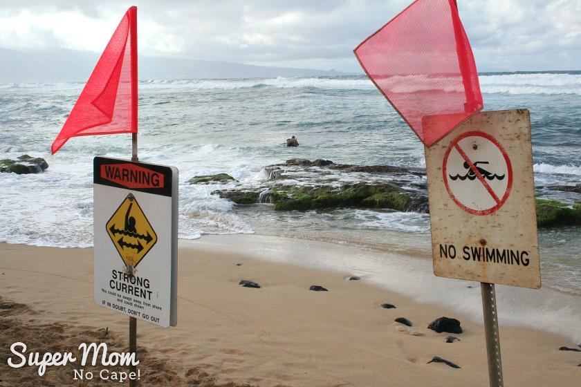 No Swimming sign at Hookipa