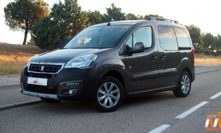 Al volante del Peugeot Partner Tepee Outdoor