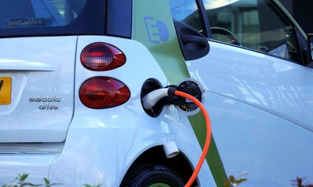 Emovili: carga tu coche eléctrico en tu propia plaza