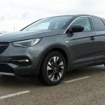 Al volante del Opel Grandland X 2018