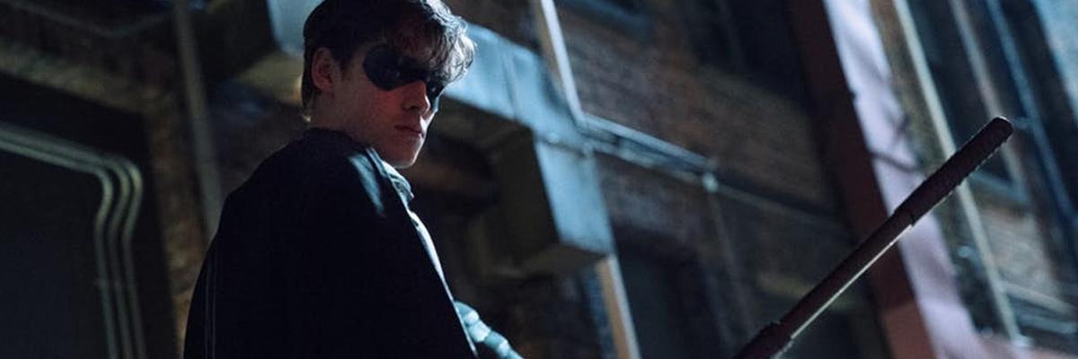 Dick Grayson (Brenton Thwaites) dans Titans