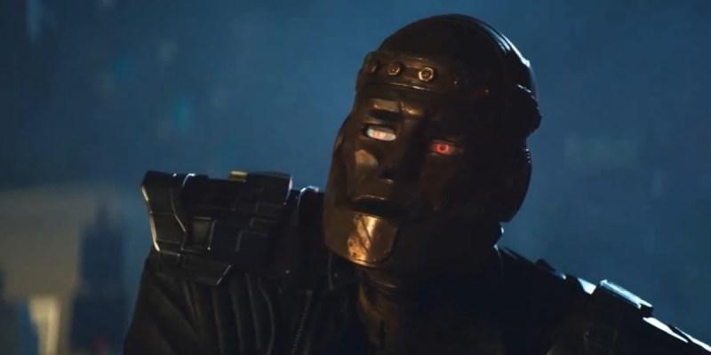 Robotman (Brendan Fraser) dans Doom Patrol