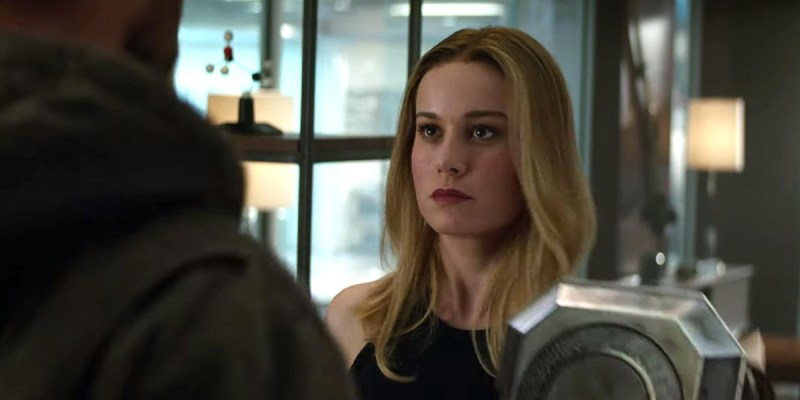 Captain Marvel (Brie Larson) et Thor (Chris Hemsworth) Avengers: Endgame