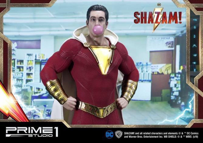 Statue du héros Shazam.