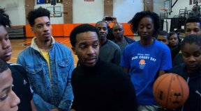 Andre Holland Wants to Upend the System in Steven Soderbergh's 'High Flying Bird'