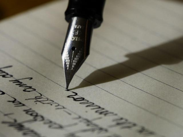 How To Write Poetry For Beginners  Superprof