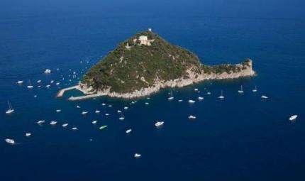 Gallinara: via alle immersioni sulle navi romane