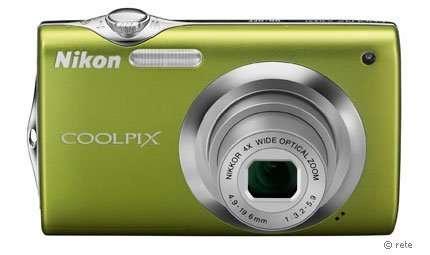 Custodie subacquee per Nikon S3000 e S570