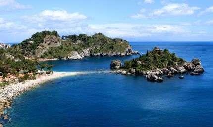 A Taormina l'Isola Bella protagonista di un safari subacqueo