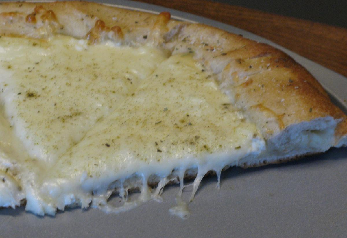 Stuffed Crust White Pizza