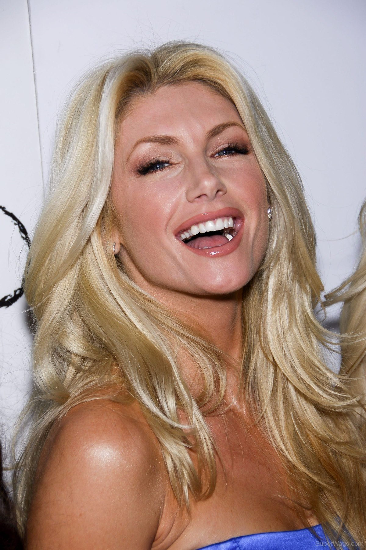Aaron rodgers is an nfl superstar who plays quarterback for the green bay packers. Brande Roderick Smiling Face   Super WAGS - Hottest Wives