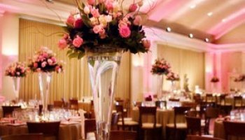 Tall wedding centerpieces pink and orange tall wedding centerpieces pink and ivory roses junglespirit Gallery