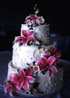White Wedding Cakes - Star Gazer Lilies
