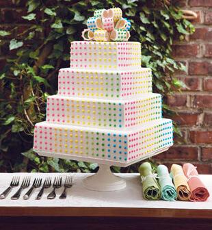 Dot Wedding Cake - Candy Theme Wedding