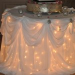Wedding Cake Table – Round, with Lights
