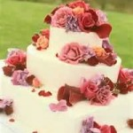 Affordable Wedding Cake With Fresh Flowers