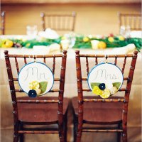 5 Ideas for DIY Wedding Chair Back Decorations for the Bride and Groom