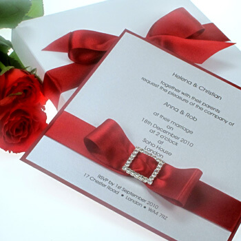 White and red holiday wedding color scheme.