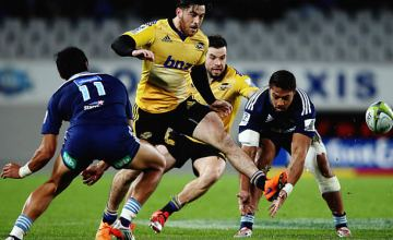 Nehe Milner-Skudder in action for the Hurricanes against the Blues in 2015