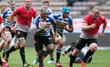 Bongi Mbonambi makes his first Super rugby start this season