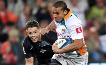 Elgar Watts on the run for the Cheetahs against the Kings in 2013