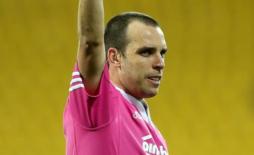 Super rugby referee Mike Fraser