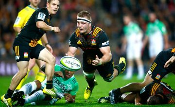 Sam Cane passes the ball out for the Chiefs
