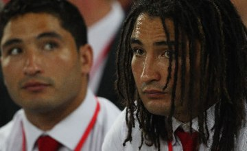 Anthony Fainga'a (L) will leave the Reds like his brother Saia (R)