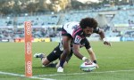 Henry Speight dots down for a Brumbies try