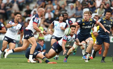 LMatt Toomua of the Rebels passes during the round five Super Rugby match between the Highlanders and the Rebels at Forsyth Barr Stadium on February 28, 2020 in Dunedin, New Zealand.