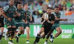 Richie Mo'unga scores in New Zealand's 5-43 win over Australia in Bledisloe 3
