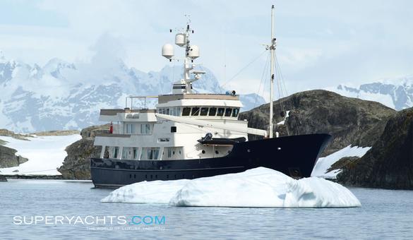Pioneer Palmer Johnson Yachts Motor Yacht