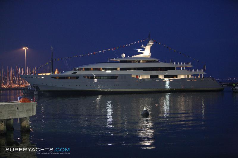 Azteca Photos CRN Motor Yacht