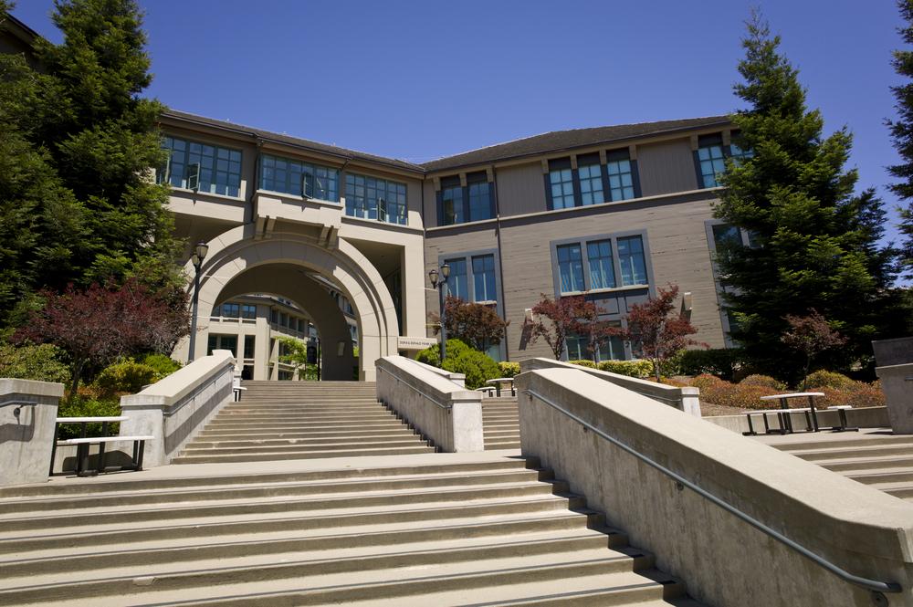 Nobel Prize Winner Prizes Berkley's Haas School of Business