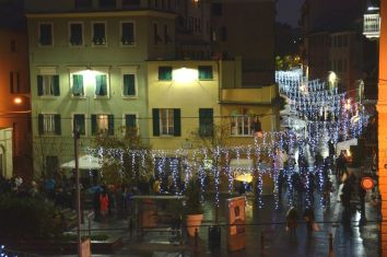 P_F4 Festa in piazza De Cristoforis