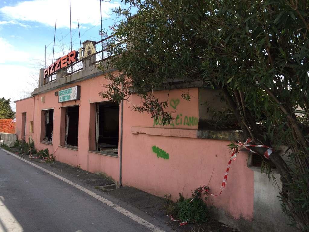 F2 La ex-pizzeria San Pietro