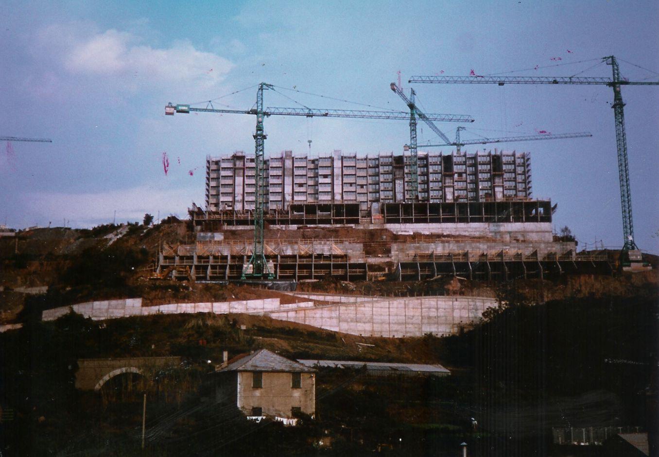 Le Lavatrici di Pra' in costruzione – Anni '80
