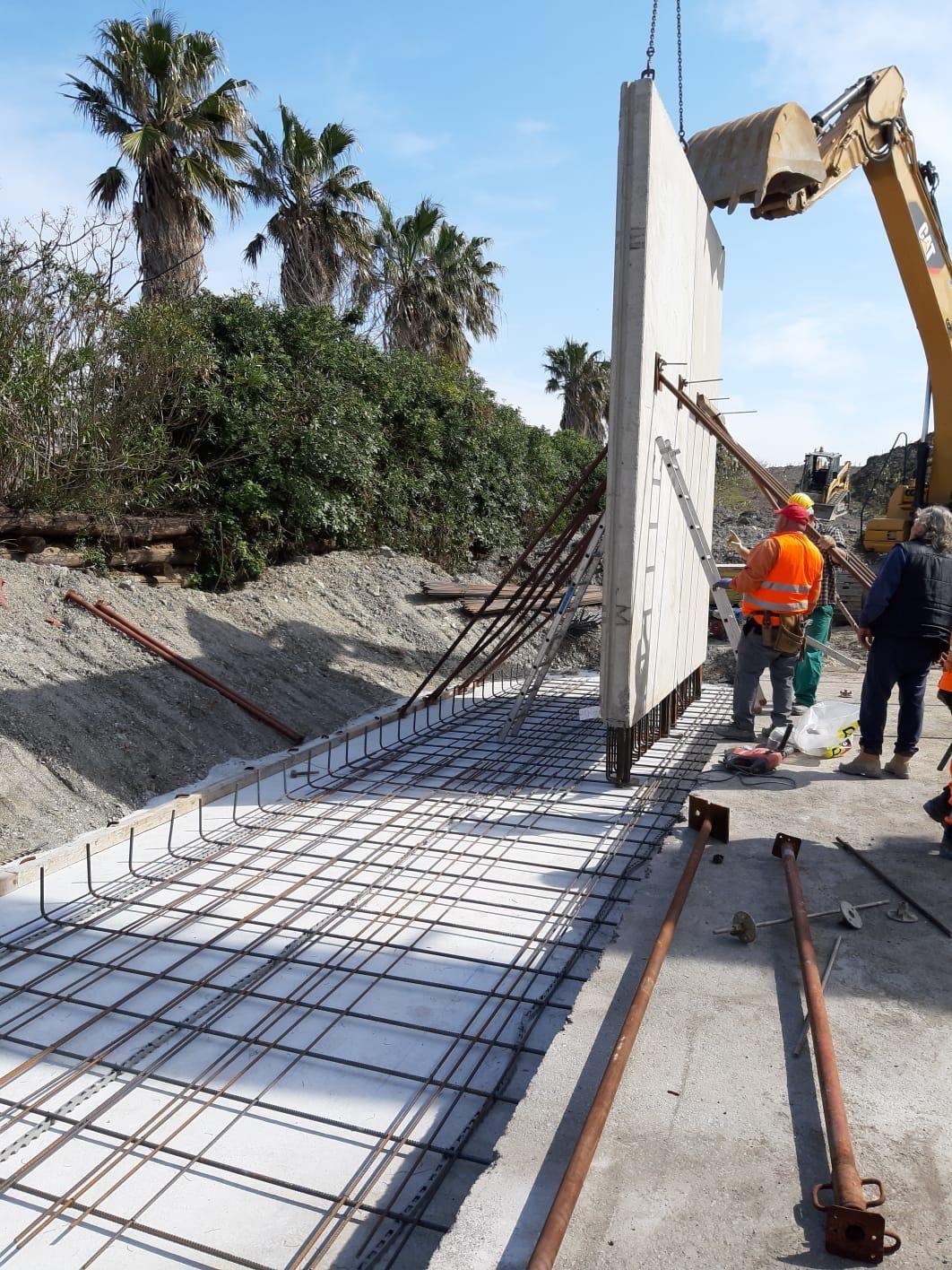 Costruzione muro di sostegno per Dune Alberate Pra'