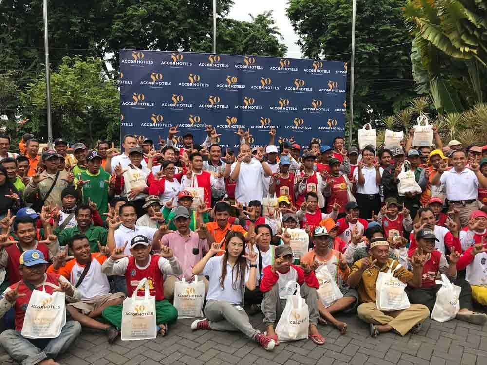 Novotel Surabaya undang 250 Pahlawan Kebersihan