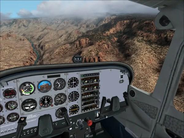 FS2002 Fs2002_172_cockpit_med.jpg (95) SurClaro Photos