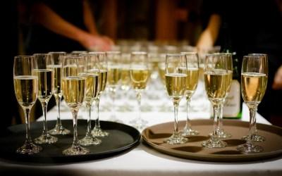 Cena de navidad de empresa: por qué celebrarla