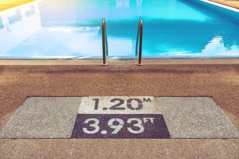 safety markings for swimming pool