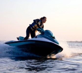 How to ride a jet ski