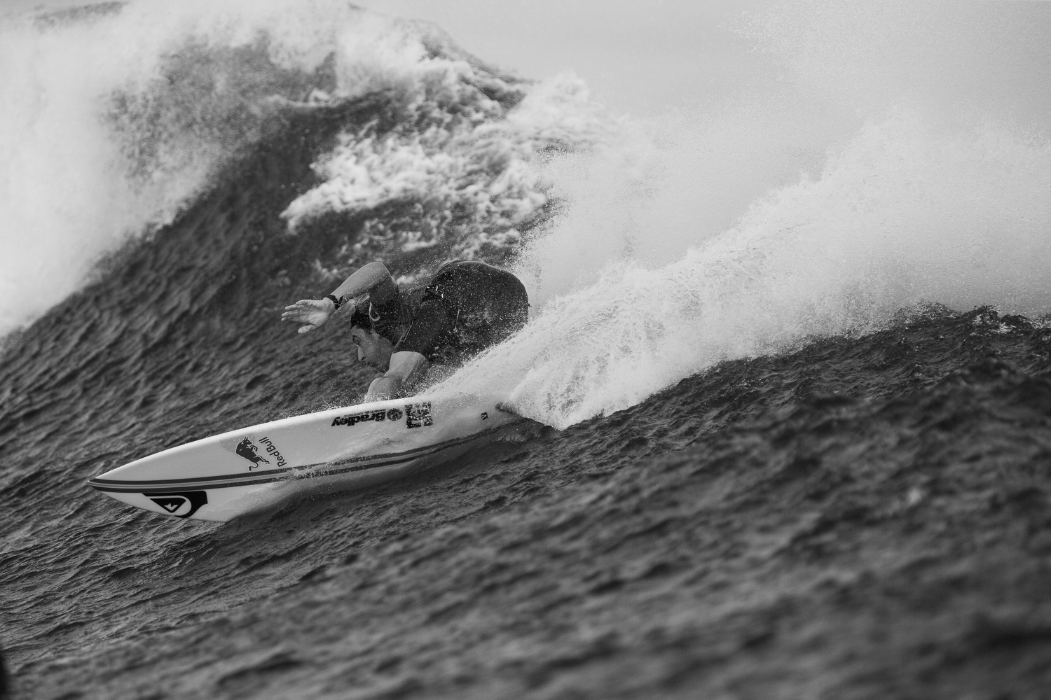 Fioravanti, slicing through Fijian waters.