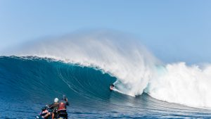 Is This The Best Jaws Barrel Ever Ridden?