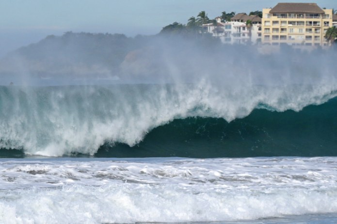 Playa Zicatela: one of the heaviest waves in the world | Photo: JP Murphy