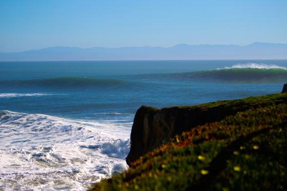 Steamer Lane, Santa Cruz: rough waters | Photo: O'Neill CwC