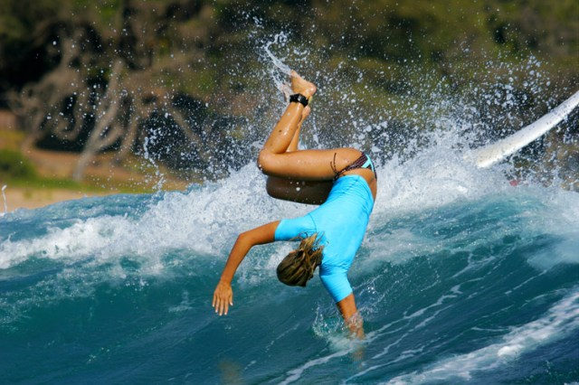 Wipeouts: they're not good for you, and it can be dangerous to other surfers | Photo: Shutterstock