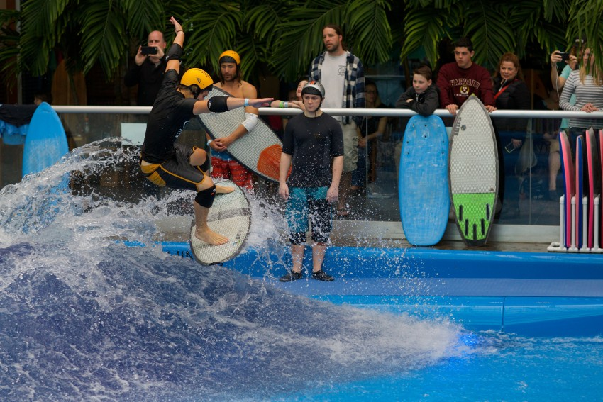 Hunter Sims 3rd Place Indoor Wake Surfing Competition at Surf's Up NH | Surf Park Central