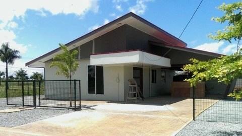 Utiliteitsbouw in Suriname - Surgoed Makelaardij NV